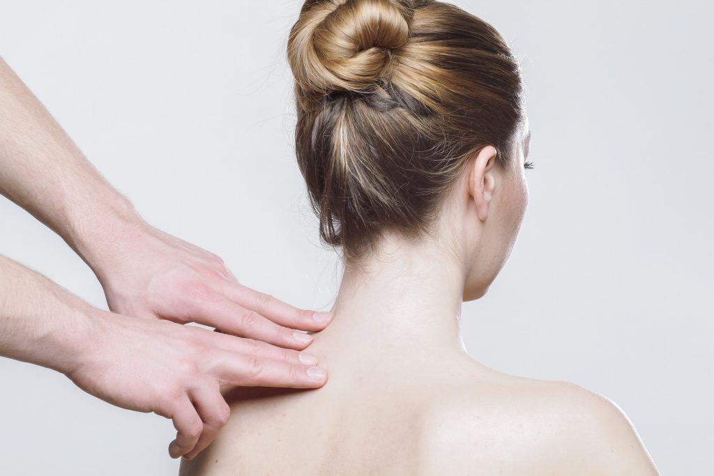 massage-neck-osteopath