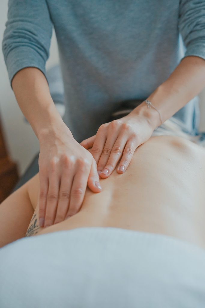 women-massage-womens-health-west-berkshire-injury-clinic